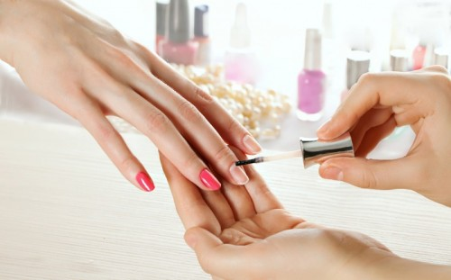 what does a nail technician do?
